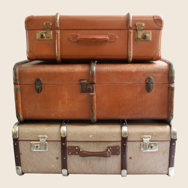 vintage_suitcases_