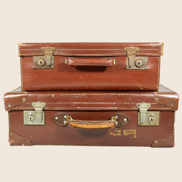 vintage_suitcases_brown_leather_
