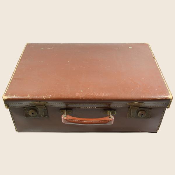 vintage_suitcase_brown_leather_
