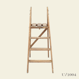 vintage_wooden_ladder