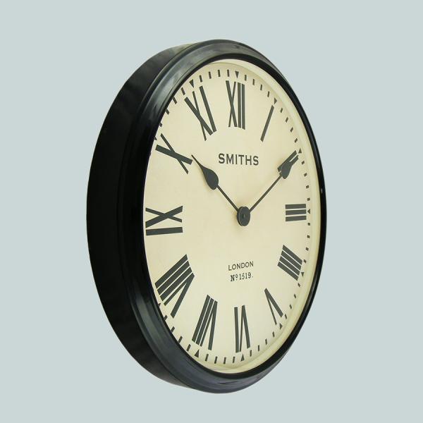 large_wall_clock_Smiths_station_clocks_