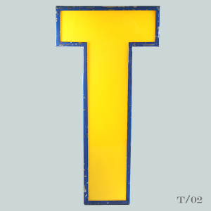 vintage_letter_T_light_blockbuster_illuminated_