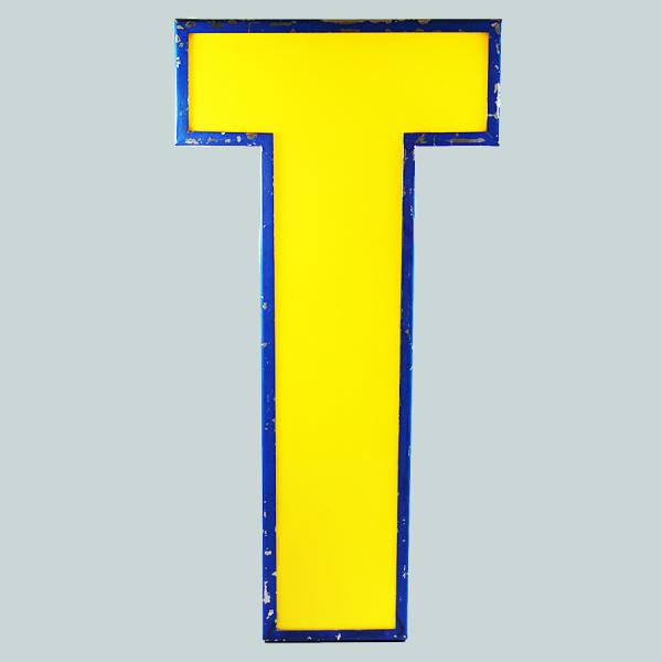 vintage_letter_T_blockbuster_illuminated_