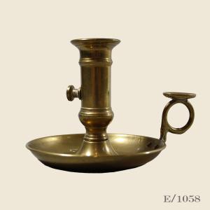 vintage_brass_candle_holder_wee_willie_winkie