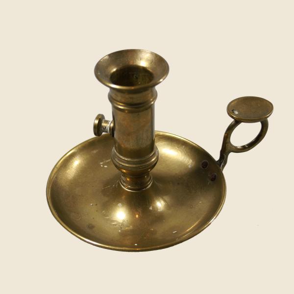 vintage_brass_candle_holder_wee_willie_winkie_