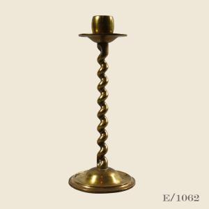vintage_brass_barley_twist_candlestick_antique