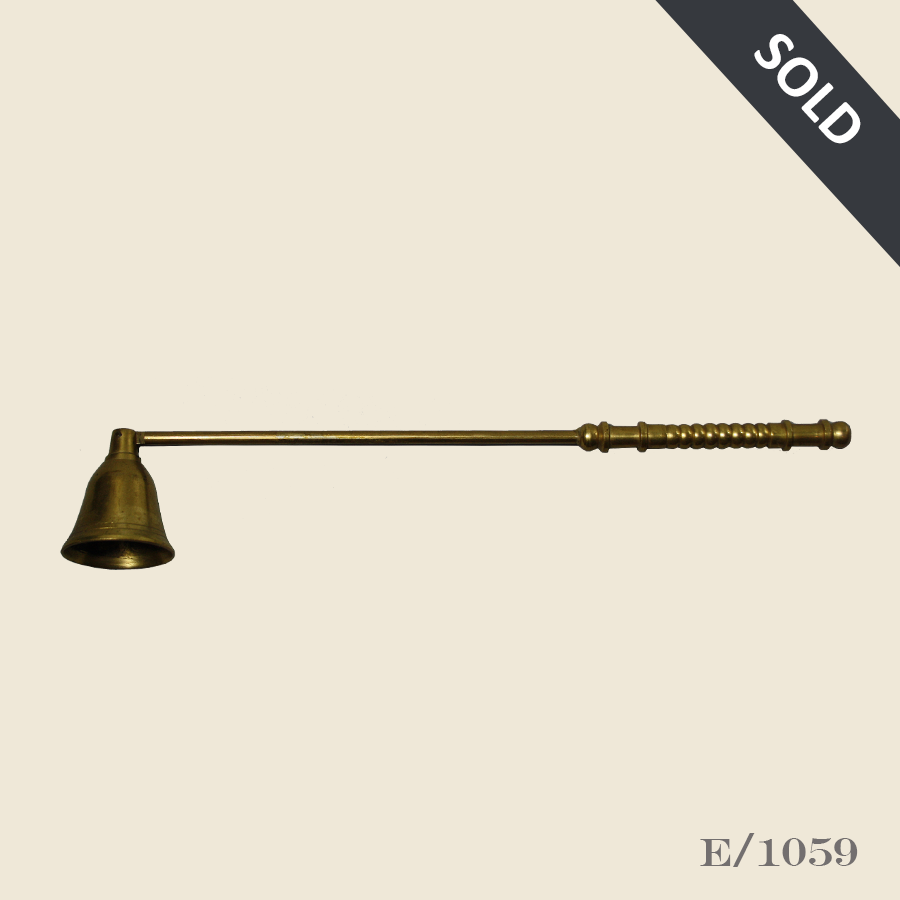 E1059_Vintage_Brass_Candle-Snuffer45