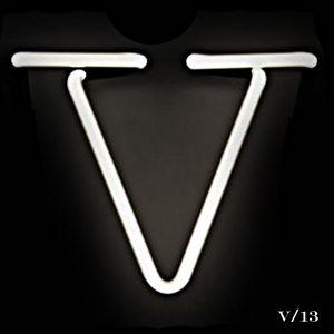 neon V letter light seletti