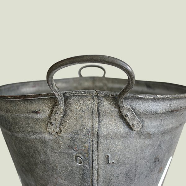 Oval Vintage Zinc Planter