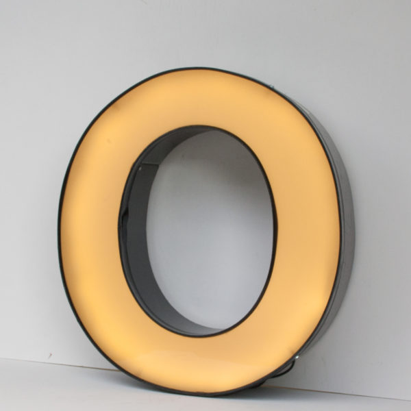Reclaimed Black Letter Light O