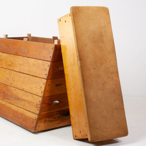 Vintage Gym Vaulting Box